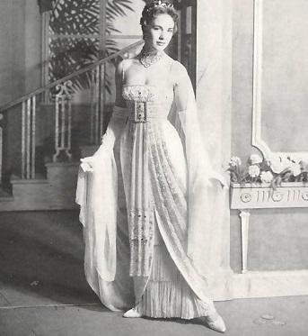 my-fair-lady-julie-andrews-1958.jpg